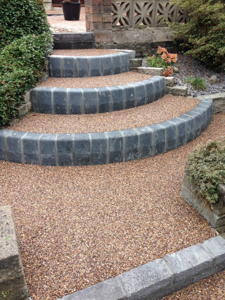 resin bound garden area with steps